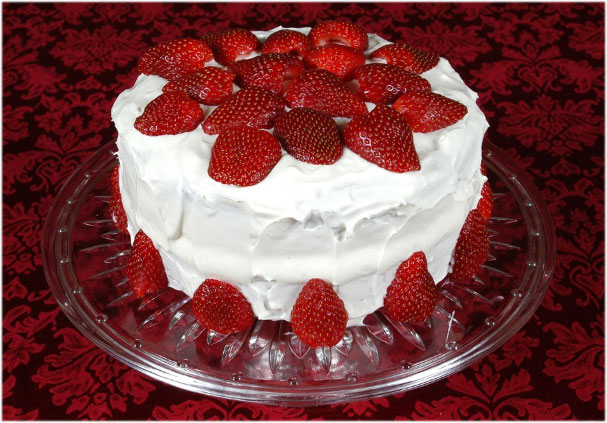 Strawberry Birthday Cake ice cake images Wallpaper Photo Pictures Pics for Whatsapp share