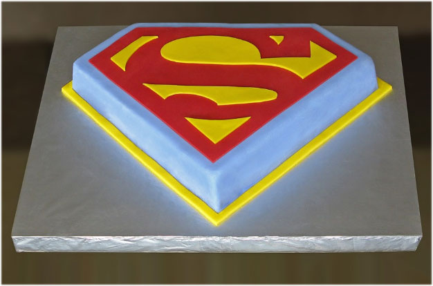 Superman Cake Pictures Images Wallpaper Photo Pics for kids