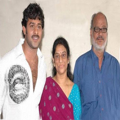 prabhas family photo image pics